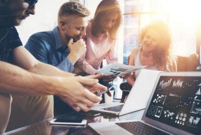 Wpływ atmosfery w biurze na efektywność personelu