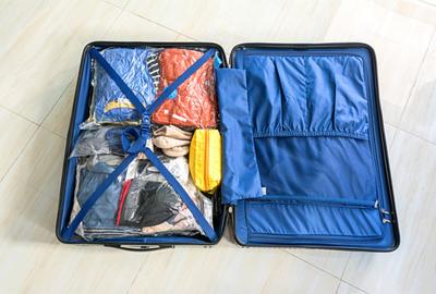 Pakujemy walizkę: przygotuj ubrania na wakacyjne wyjazdy