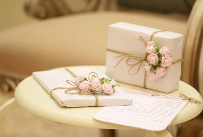 Jak kupić wyjątkowy prezent na rocznicę ślubu? Moje propozycje z The Best Vouchers